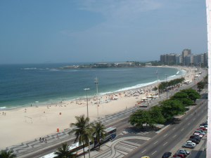 Copacabana flat rental in front the beach and view to Arpador